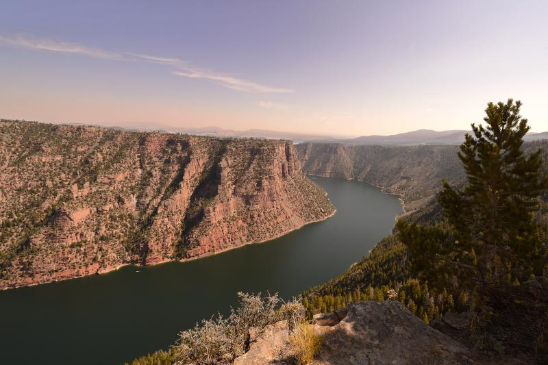 Flaming Gorge, UT-USA - © Paul André Pichard
